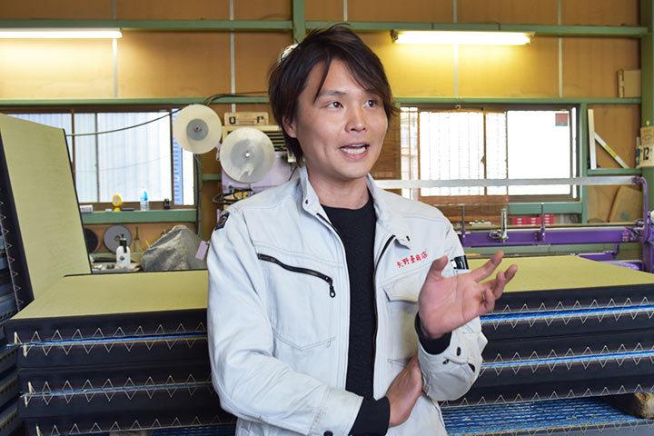 畳を語る矢野さん